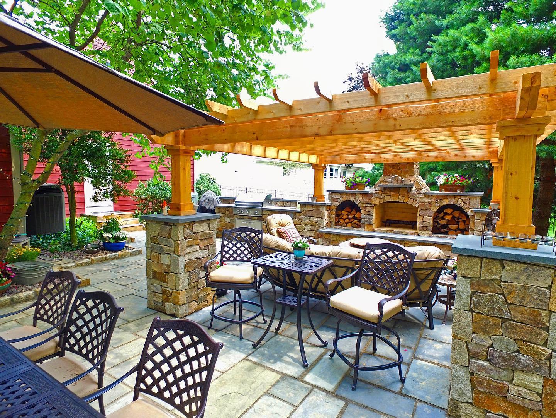 Custom Pergola and outdoor living area